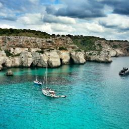 Ready Set Holiday! Stylish Travel App Menorca Island